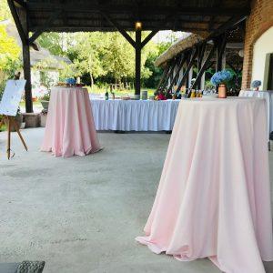 Különleges világos rózsaszín könyöklőabroszok bérelhető esküvődekoráció-MISS LULLI Decor