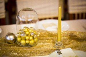 Arany gömbök búrában, asztaldísz karácsonyi rendezvény dekoráció- MISS LULLI Decor