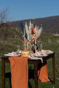őszi esküvői asztaldekoráció szabadtéri - MISS LULLI Decor