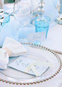 Jégkék asztali dekoráció üveg gyöngyös tállal- MISS LULLI Decor